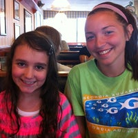 Photo taken at Friendly's by Victoria on 7/24/2012