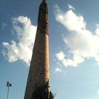Foto tomada en Glorieta Monumento a Los Niños Héroes por Carlos C. el 3/31/2012