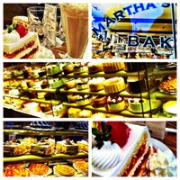 Foto scattata a Martha's Country Bakery da Marcos A. il 6/29/2012