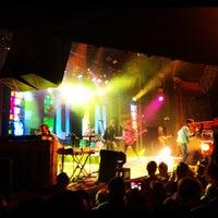 Das Foto wurde bei Ogden Theatre von ultra5280 am 4/6/2012 aufgenommen