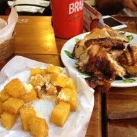 Foto tirada no(a) Galinheiro Grill por Karen T. em 8/25/2012