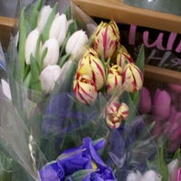 Foto scattata a Trader Joe's da Duyen F. il 3/30/2012
