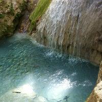Foto scattata a Gizli Cennet Şelalesi da Ceyda il 9/1/2012