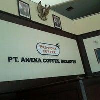 Photo taken at Aneka coffee industry by wahyu adi s. on 2/22/2012