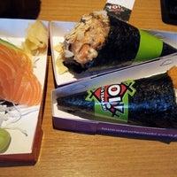 Photo taken at Yoi! Rolls & Temaki by Mayra P. on 5/29/2012