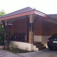 Photo taken at Golden Inn Villa by Rachaneekorn K. on 7/9/2012
