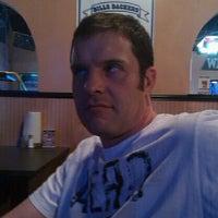 รูปภาพถ่ายที่ Wing It! โดย Stuart R. เมื่อ 3/2/2012