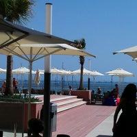 Foto tirada no(a) Real Marina Hotel & Residence por Antonio M. em 8/17/2012