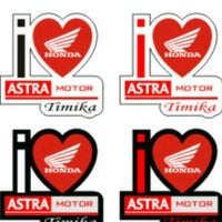 Photo taken at PT. TOYOTA ASTRA FINANCIAL SERVICES SBY BRANCH by Liwaul H. on 8/1/2012