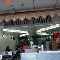 Foto tirada no(a) Carnitas Zacapu por Francisco M. em 7/15/2012