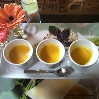 Foto tirada no(a) Oscar Café por Lu H. em 7/2/2012