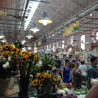 Photo prise au Eastern Market par Brady J. le5/20/2012