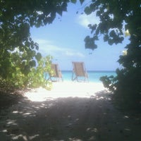 Photo taken at makunudu resort by Nicolas V. on 7/11/2012