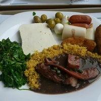 Photo taken at Bambaras Bar e Restaurante by Paulo R. on 3/28/2012