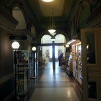 4/21/2012 tarihinde Antti K.ziyaretçi tarafından Rikhardinkadun kirjasto'de çekilen fotoğraf