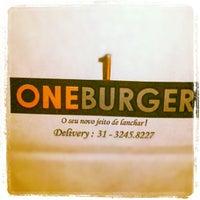 Photo taken at One Burger by Eduardo Henrique T. on 8/4/2012