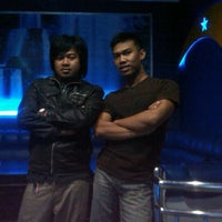 Photo taken at Bondi Karaoke (Family Karaoke & movie) by Gembel A. on 5/13/2012