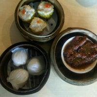 Photo taken at Hongkong Dimsum by febee on 5/17/2012
