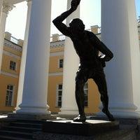 Снимок сделан в Александровский дворец пользователем Arseny G. 4/1/2012