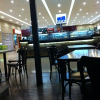 Photo taken at Vero! Cafeteria by Michel R. on 2/23/2012
