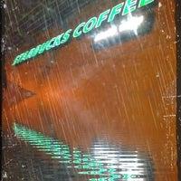 Photo taken at Starbucks by Sammy F. on 4/27/2012
