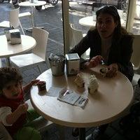 Photo taken at וניליה - בזל by Udi V. on 2/25/2012