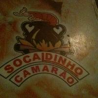 Foto tirada no(a) Socaldinho Camarão por Rosane F. em 7/22/2012