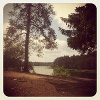Снимок сделан в Пляж на реке Оредеж пользователем Antresolev ILya 7/1/2012