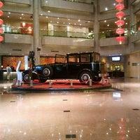 Photo taken at Crowne Plaza Shanghai | 上海银星皇冠酒店 by Victor L. on 5/26/2012