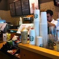 7/4/2012 tarihinde Ceren K.ziyaretçi tarafından Starbucks'de çekilen fotoğraf