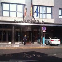 Foto tomada en Hotel Olympia por Hiroki. K. el 11/24/2011