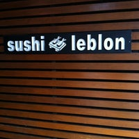 Photo taken at Sushi Leblon by Luiz C. on 2/21/2012