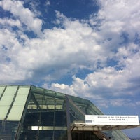 รูปภาพถ่ายที่ Grimaldi Forum โดย Jean-Christophe D. เมื่อ 7/5/2012