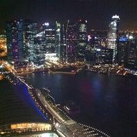 Photo taken at The Ritz-Carlton Millenia Singapore by Ren on 12/29/2011