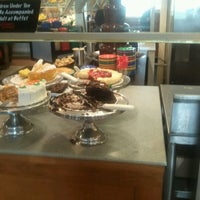 Photo taken at Golden Corral by Ravin D. on 5/27/2012