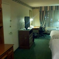 Photo taken at Hilton Garden Inn by kenny t. on 1/5/2012
