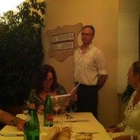 Foto scattata a La Taverna del Leone da Lucio P. il 6/26/2012