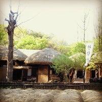 Photo taken at Korean Folk Village by 지혜 하. on 4/30/2012