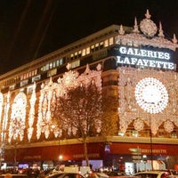 Photo taken at Galeries Lafayette Haussmann by Andre V. on 11/26/2011