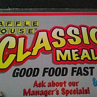 Photo taken at Waffle House by Nakeva (Photography) C. on 9/11/2011