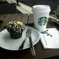 8/18/2012 tarihinde Bekir Can A.ziyaretçi tarafından Starbucks'de çekilen fotoğraf