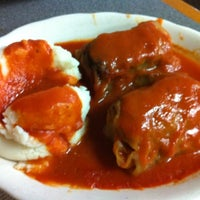 Photo prise au Georges family restaurant par Sue G. le3/20/2012