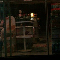 Photo taken at Emarat Gas Station محطة إمارات للوقود by Waleed H. A. on 12/10/2011