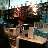 Photo taken at Cielito Querido Café by Lalo A. on 6/18/2012