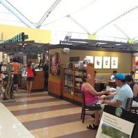 Photo taken at Starbucks by Rox S. on 7/20/2012