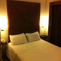 Foto tirada no(a) Porto da Ilha Hotel por André M. em 2/11/2012