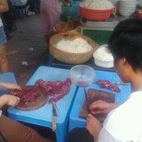 Das Foto wurde bei Phở Bò N6E Ngon Bổ Rẻ von Long™ N. am 8/27/2011 aufgenommen
