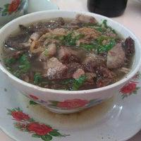 Photo taken at Minang Soto by Aristo on 9/11/2011
