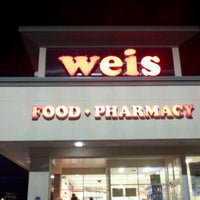 Photo taken at Weis Markets by Erv H. on 12/11/2011