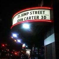 3/17/2012 tarihinde Shea R.ziyaretçi tarafından United Artists Court Street 12 & RPX'de çekilen fotoğraf